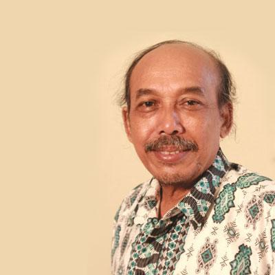 Drs. Wisnu Hadi